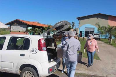 Integrantes das igrejas Católica , Evangélica, grupos de voluntários e município da Ilha se unem na Rede do Amor