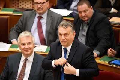 letelepedési kötvények, kvótareferendum, alaptörvény-módosítás, Magyarország, Orbán Viktor, Vona Gábor, Fidesz, Jobbik