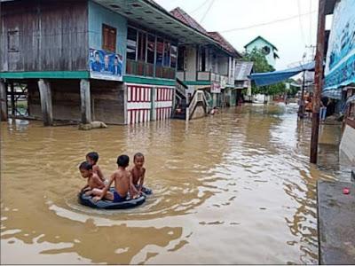 1802 Rumah Masih Terendam Banjir
