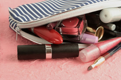Basic Makeup Items that Every Makeup Bag Must Have