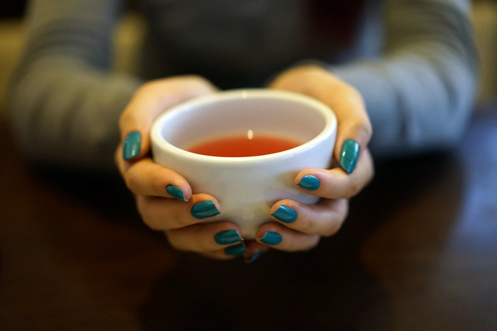6 Chás Que Vão Acelerar o Teu Metabolismo - www.amaeefit.com - alimentação saudável, aumentar metabolismo, dicas para emagrecer, chás