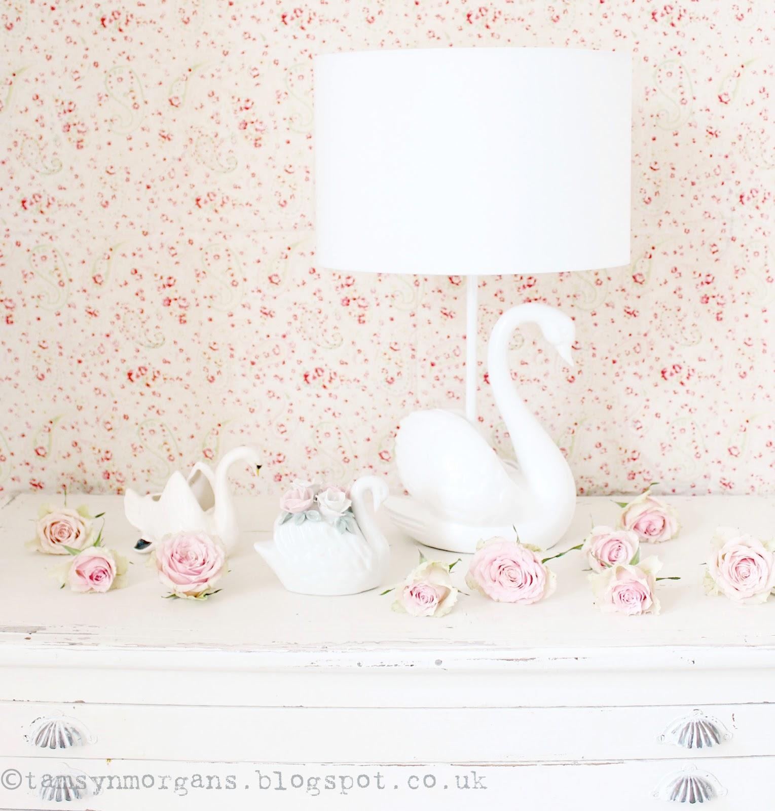 Laura Ashley Swan Lamp