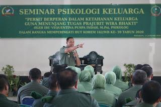 Persit KCK Koorcab Rem 162 Gelar Seminar Psikologi Keluarga