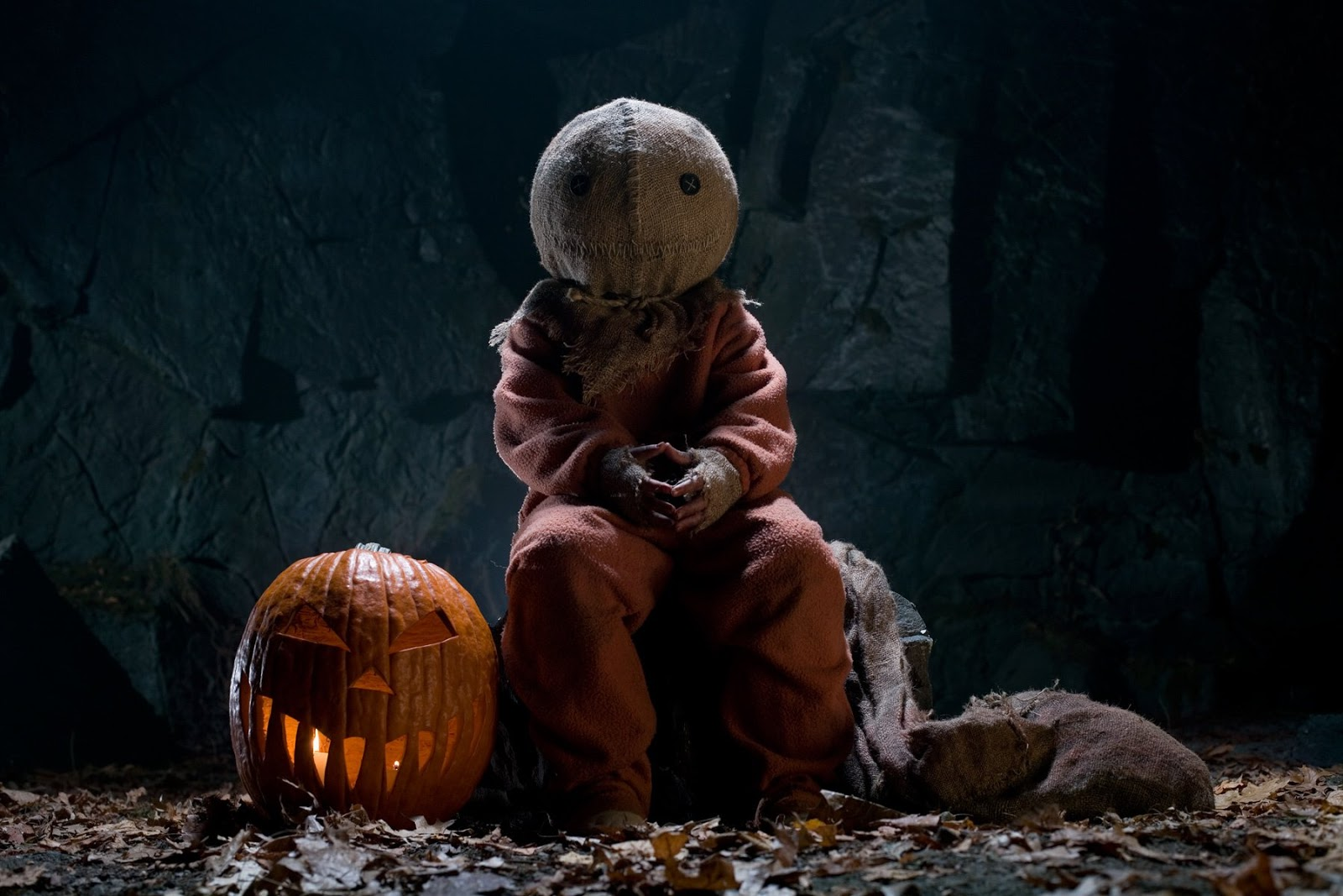 Halloween wallpaper the handpicked creepy horrible evil scary wallpapers for halloween celebration decorate you desktop tablets iphone smart phones and mobiles voltagebd Gallery