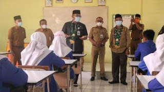 Plh Gubernur Jambi Secara Resmi Melaunching Proses Belajar Mengajar 3 Kabupaten.