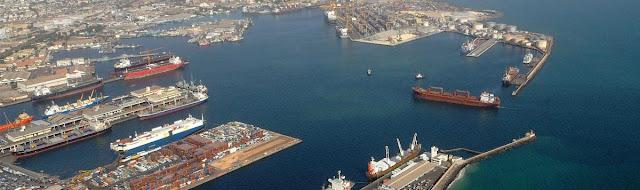 Le port autonome de Dakar, taille leader  : Projets, port, autonome, développement, économie, infrastructures, transport, réhabilitation, modernisation, terminal, routes, maritimes, bateaux, navires, conteneurs, LEUKSENEGAL, Dakar, Sénégal, Afrique