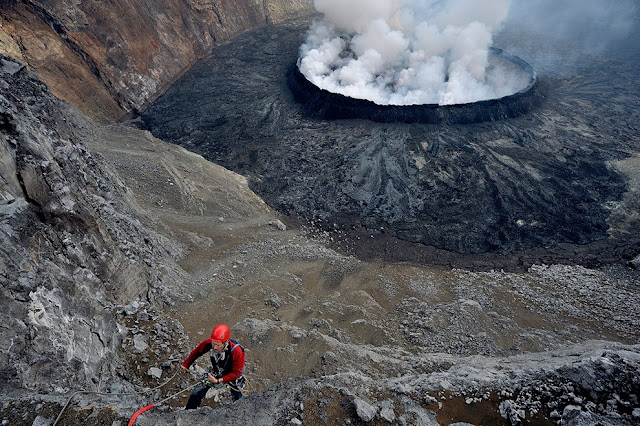 The lava lake – which sits 400m deep inside the crater – is the biggest in the world.