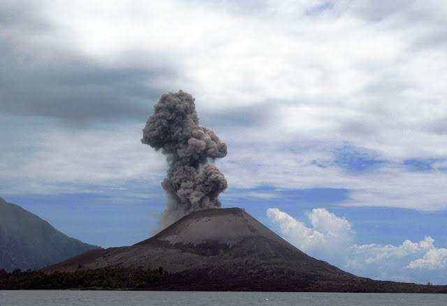 جبل كراكاتوا