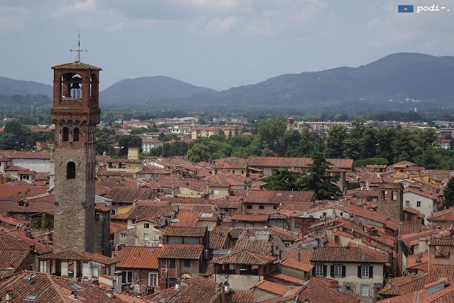 Lucca, torre delle ore