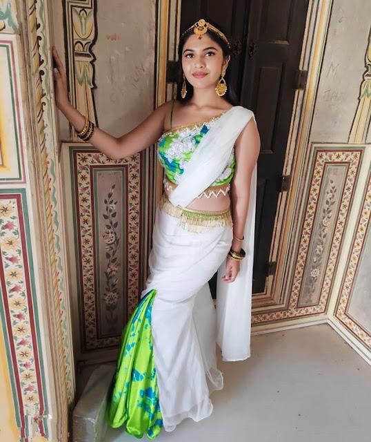 Simran Natekar Photos