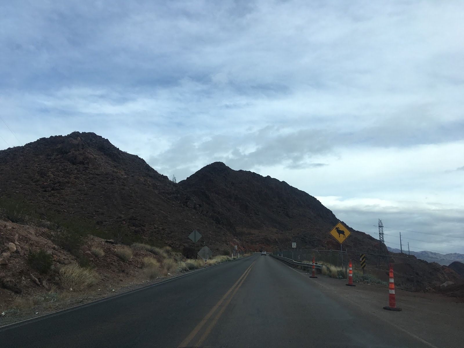 nv 172 is approximately only 1 4 miles long it ends at a bureau of reclamation security checkpoint for hoover dam access