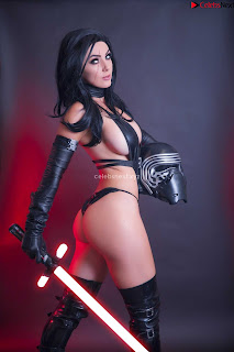 Jessica Nigri Exposing her  and  Hole playing Cosplay Augsust 2018 WOW ~ Celebrity.co Exclusive Celebrity Pics 012