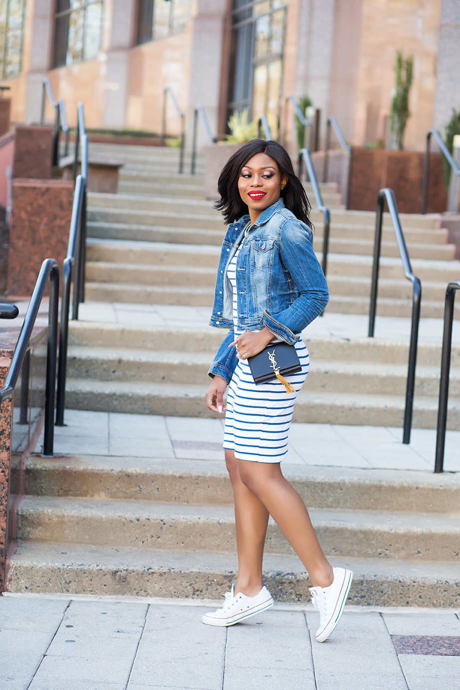 Weekend style, striped jersey dress, denim jacket, www.jadore-fashion.com