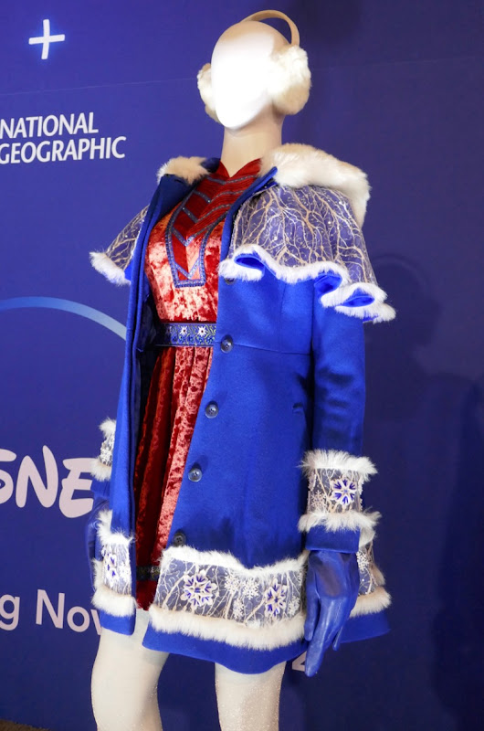 Anna Kendrick Disney Noelle costume