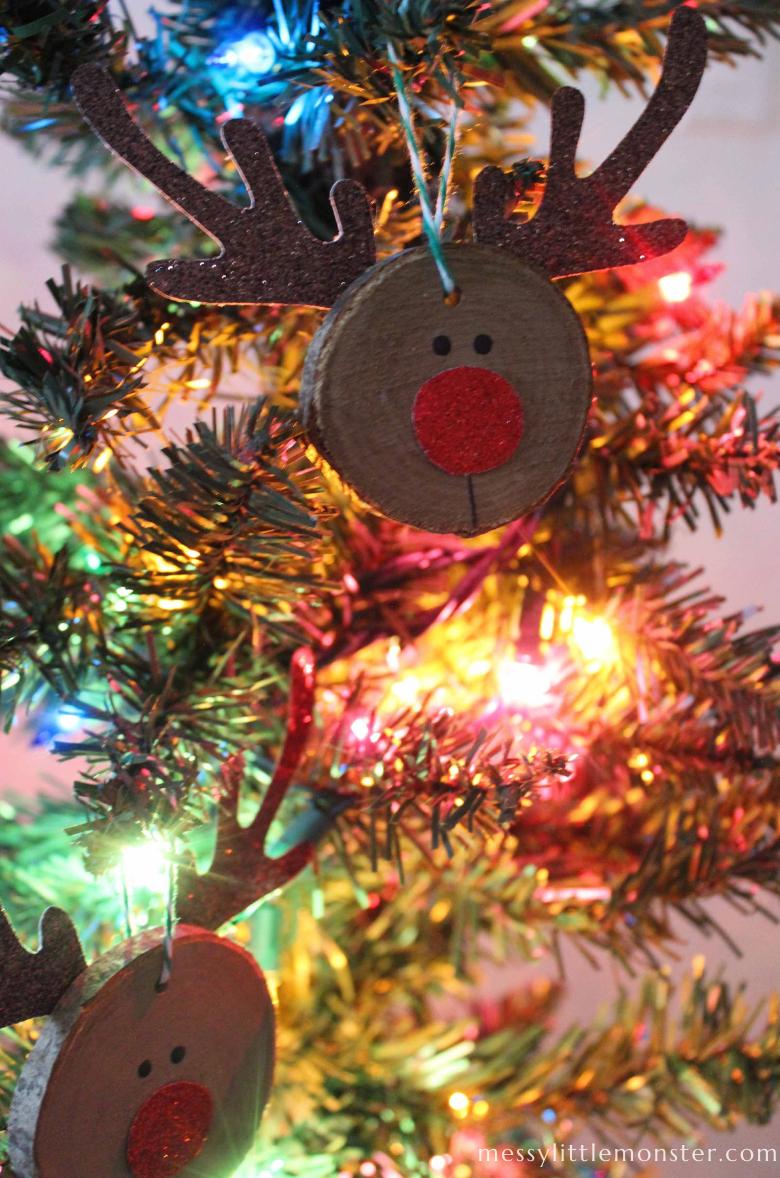 reindeer wood slice Christmas ornament craft
