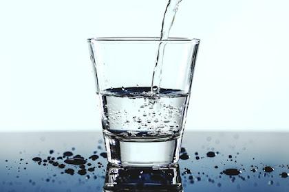 Hati-Hati Minum Air Putih Menjadi Tidak Sehat Karena 5 Hal ini