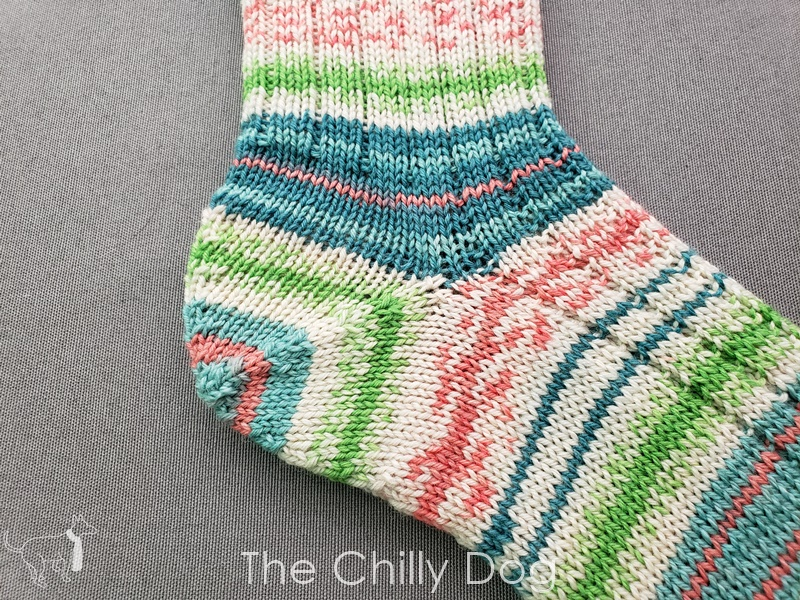 Line Drawing Socks KAL - Week 4: The Heel | The Chilly Dog