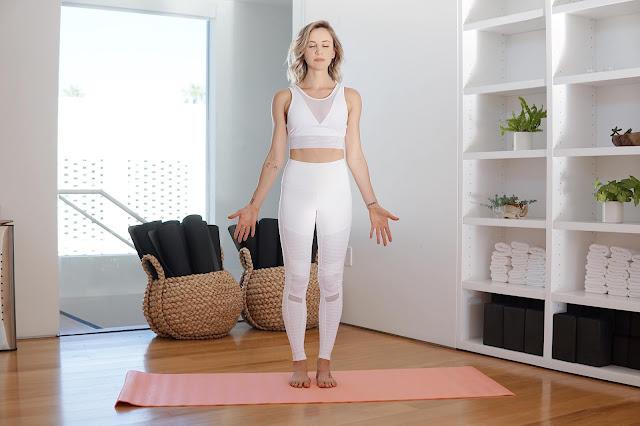 Mỗi ngày một tư thế Yoga | 1-Tư thế trái núi (TADASANA)