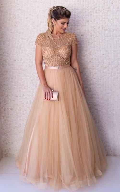 vestido de festa longo dourado com manga curta maguinha