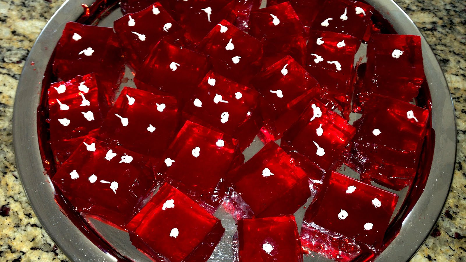 Casino Night Party Ideas Google Search Prom Decorating Ideas  sc 1 st  diggylane.com & Casino Themed Party Decor A casino theme party is always a hit with ...