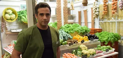 Miguel (Rafael Sardão) é o protagonista de Amor Sem Igual: agrônomo resgatará prostituta das chamas