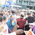 कोरोनावार मात करून आलेले केंद्रियराज्यमंत्री रामदास आठवले आणि सौ.सीमाताई आठवले यांचे रिपाइं कार्यकर्त्यांनी केले भव्य स्वागत