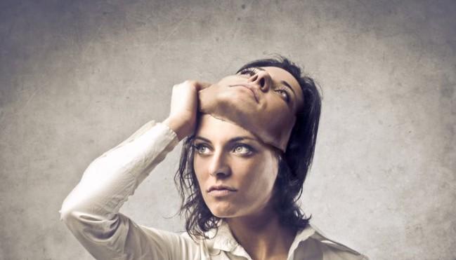 Cara Menghilangkan Dengki dan Kesombongan dari Dalam Diri
