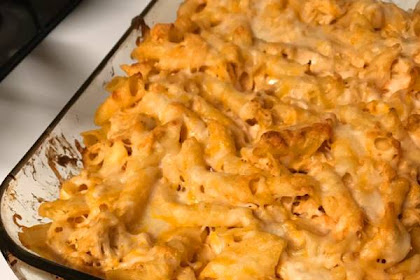Easy Buffalo Chicken Pasta Bake #BUFFALO #CHICKEN #PASTA