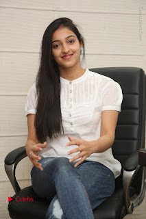 Tollywood Telugu Actress Mouryaani Latest Stills in Ripped Jeans at Intlo Deyyam Nakem Bhayam Movie Interview  0040.JPG