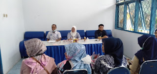 Ketua DPD PAN Gowa Husniah Talenrang saat memimpin rapat perdana bersama pengurus DPD PAN Gowa