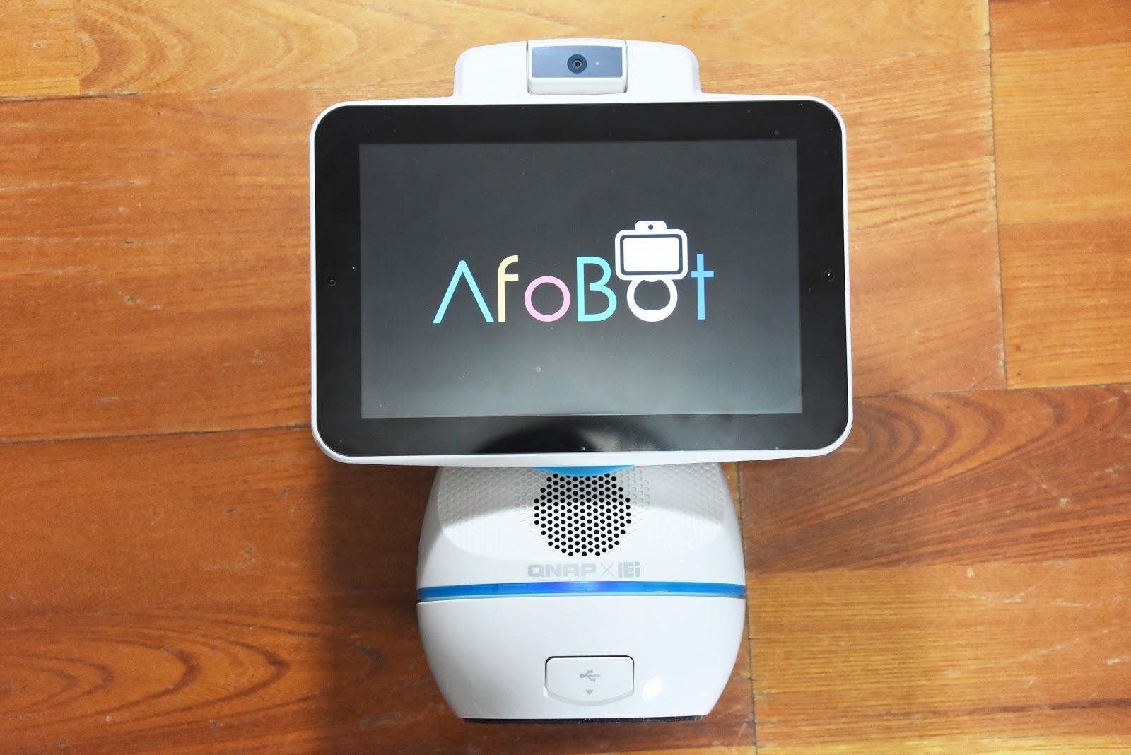[心得] [開箱評測] QNAP AfoBot 阿福寶是我居家照顧的好幫手 | T17 討論區 - 一起分享好東西