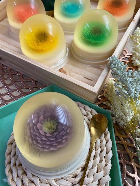 Jamie's Artisan Blooms Edible Cheesecake Snowglobes