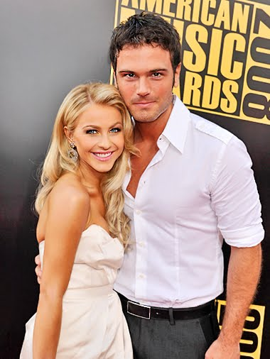 Strange things about Julianne Hough s marriage