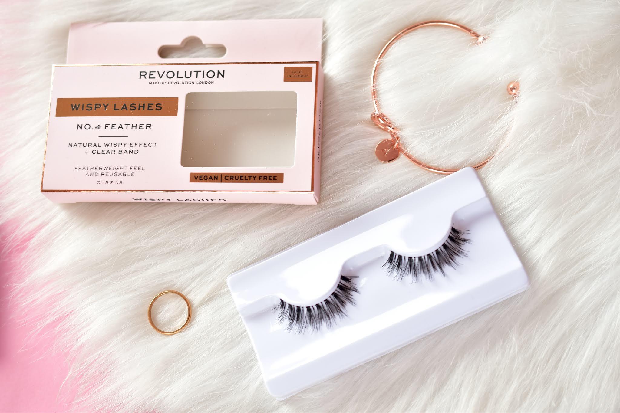 Makeup Revolution Wispy Lashes