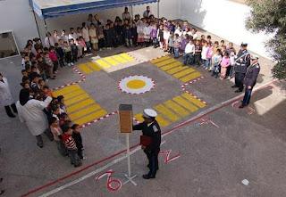 مسرحية للأطفال حول السلامة الطرقية