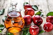 البواسير ~ أعراض البواسير ~ علاج البواسير بخل التفاح