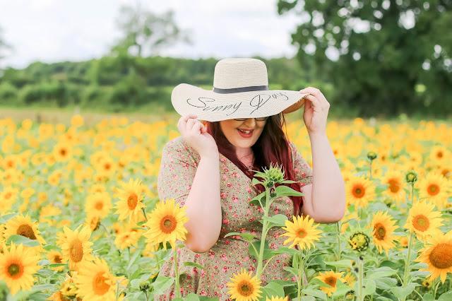 solo female travel blogger theowlet.co.uk