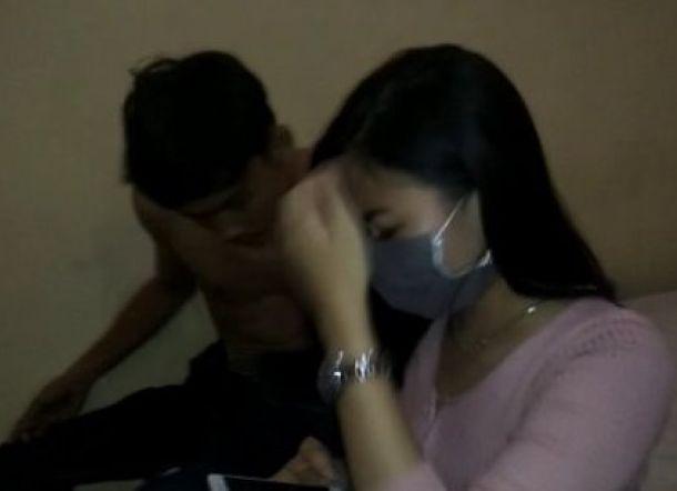 Asyik Berpesta Narkoba, Residivis Narkoba Ditangkap Bersama Wanita Cantik di Hotel