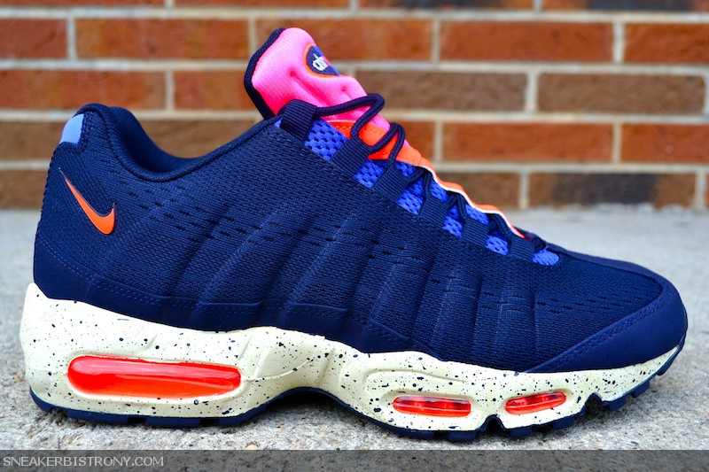 buy online 910df dee99 KICKS   Nike Air Max 95 EM