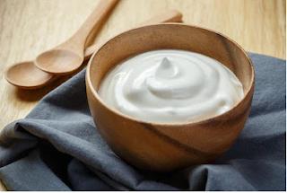 Yogurt: Home remedy for skin whitening
