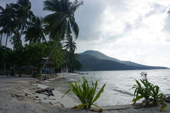 Lansekap Pantai Bobi Karimunjawa