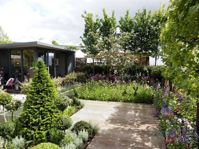 Garden visit, Gardeners World Live 2019. From UK garden blogger secondhandsusie.blogspot.com #gardenersworldlive #gardenersworldlive2019 #gardenblogger #gardeninspo