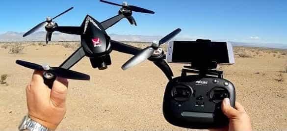 tips menerbangkan drone dengan mudah dan cepat