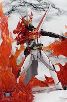 S.H. Figuarts Kamen Rider Saber Brave Dragon 29