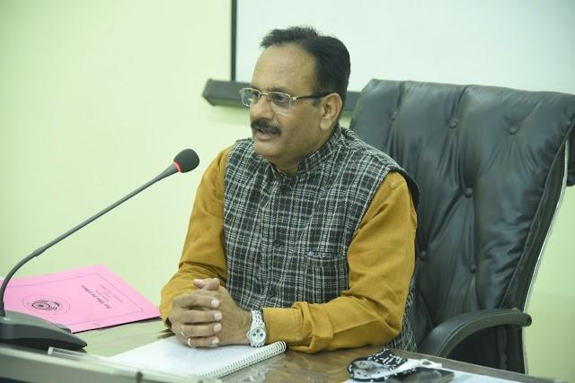 जिला विधिक सेवा प्राधिकरण के अध्यक्ष एवं जिला एवं सत्र न्यायाधीश श्री राजेश श्रीवास्तव ने कहा- सामाजिक न्याय के संबंध में विधिक सेवा प्राधिकरण की भूमिका बेहद महत्वपूर्ण