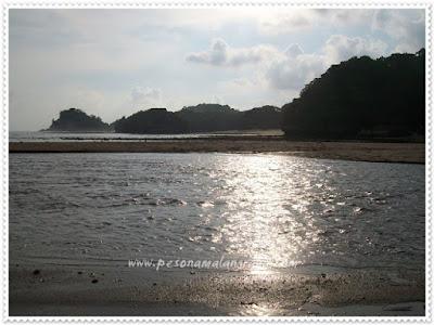 akcayatour, Pantai Bantol, Travel Jogja Malang, Travel Malang Jogja, Wisata Malang