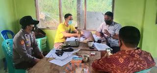 Sambang Kantor Desa, Polsek Alla Ajak Perangkat Desa Jaga Kamtibmas