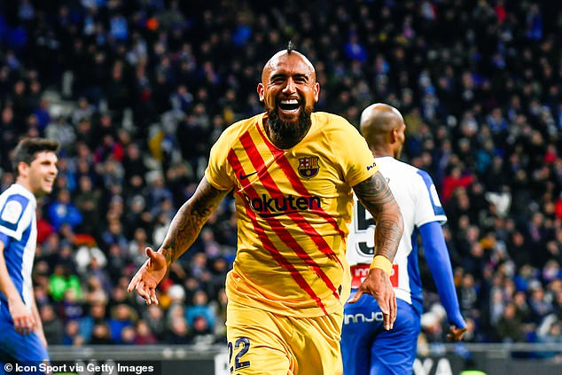 Manchester United and Inter Milan interested in Barcelona's £17m-rated Arturo Vidal