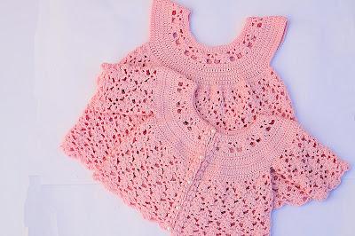 2 -IMAGEN Chaqueta a crochet a juego con vestido rosa para niña muy fácil y rápida Majovel Crochet
