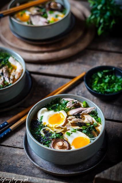 Zupa-ramen-z-kurczakiem